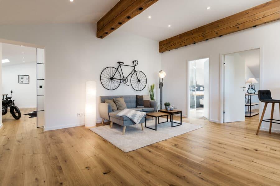Traumhafte 3-Zimmer Dachgeschosswohnung mit Balkon und Bergblick, 83700 Rottach-Egern, Dachgeschosswohnung