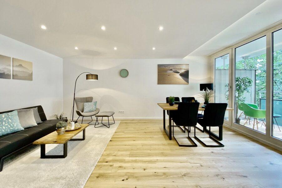 Sofortbezug: Vollständig renovierte 2-Zimmer Wohnung in Münchens Top-Lage, 80799 München, Etagenwohnung