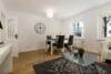 Neu mit Provisionsteilung: Renovierte und bezugsfertige 3-Zimmer Wohnung im Münchener Norden - Wohn- und Essbereich