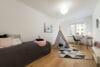 Neu mit Provisionsteilung: Renovierte und bezugsfertige 3-Zimmer Wohnung im Münchener Norden - Kinder- / Arbeitszimmer
