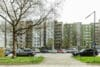 Bezugsfertig und renoviert: 3,5-Zimmerwohnung mit zwei Balkonen in Münchens Top-Lage - Außenansicht