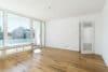 Sonnige und renovierte 3-Zimmer Wohnung mit Süd-Balkon und sehr guter Anbindung - Bild