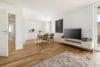 Top renovierte, bezugsfreie 3-Zimmerwohnung mit Südbalkon und guter Anbindung - Wohnzimmer