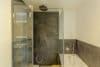 Traumhafte 4-Zimmerwohnung mit Balkon zum Erstbezug nach Renovierung - Wanne und Dusche