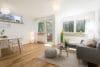 Sonnige und renovierte 2-Zimmer Wohnung mit Südbalkon - Wohn- und Essbereich