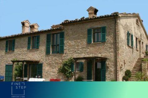 Traumhaftes Landhaus mit romantischem Flair in den Marken nahe Urbino, 61026 Sant'Angelo In Vado, Villa